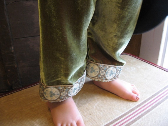 Beautiful silk velvet pants for Toddlers