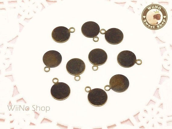 8mm Antique Bronze Round Bails Tags for Cabochons Pendents - 10 pcs