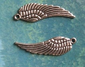 10 medium wing charms, silver tone, 30mm