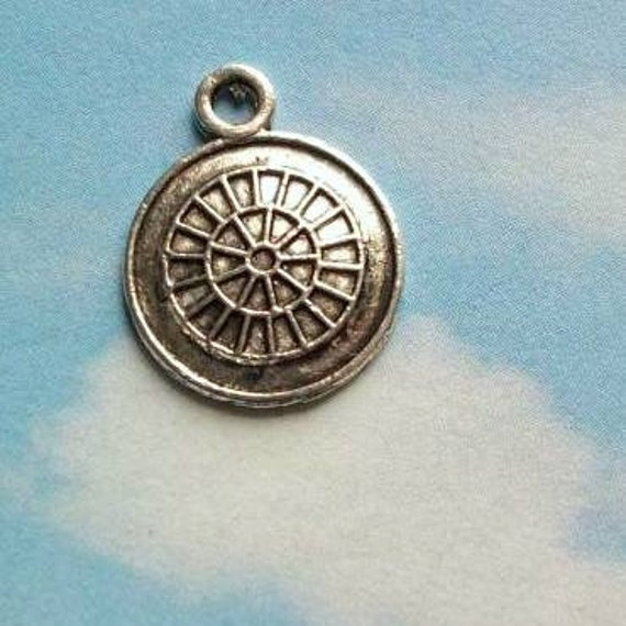 LAST ONES - 24 wheel / gear charms, antiqued silver tone, 14mm, SALE