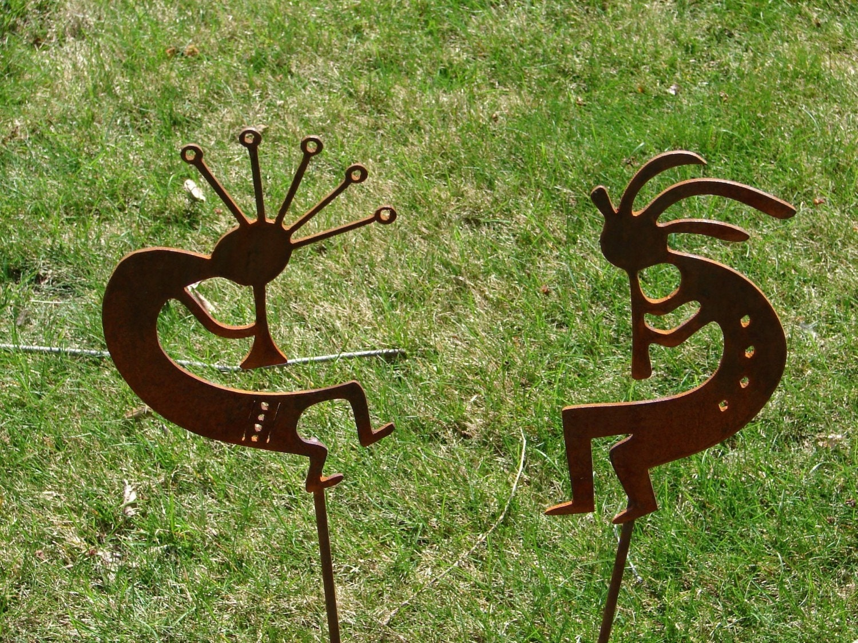 Metal dancing kokopelli garden stake yard decor for Daylight designs metal garden art