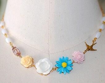 Peiji Blossom Necklace