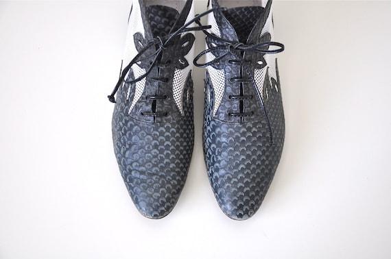 Vintage GREY MESH Ankle Boots SZ.7 1/2