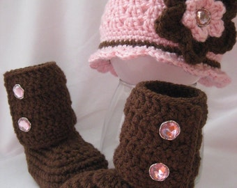 Infant Flapper Hat with Flower and Matching Boots Sizes 0 to 6 Months