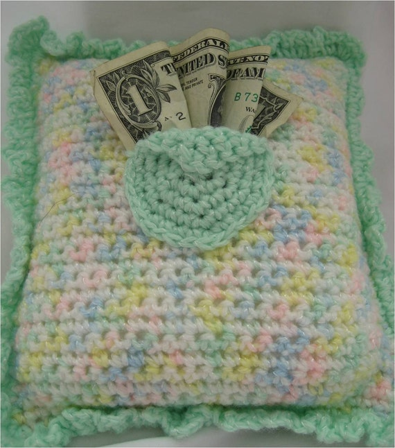Free Crochet Pattern Tooth Fairy Pillow : Crocheted Tooth Fairy Pillow