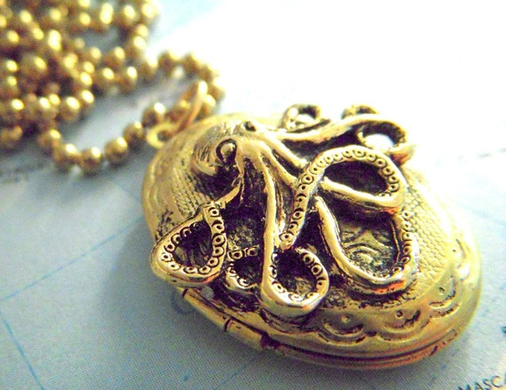 Vintage Locket Necklace Small Octopus Brass Oval Locket Gothic Victorian Steampunk Locket Style Tiny Size
