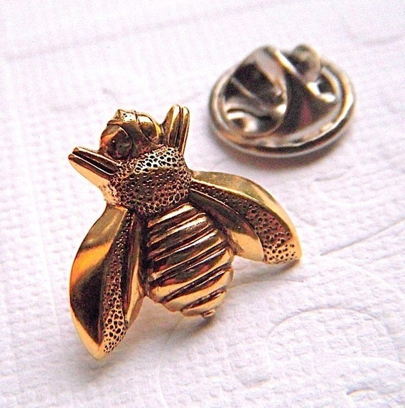 Tie Tack Pin Brass Bee Gothic Victorian Art Deco Vintage Style Honey Bee Men's Accessories Antiqued Rustic Steampunk