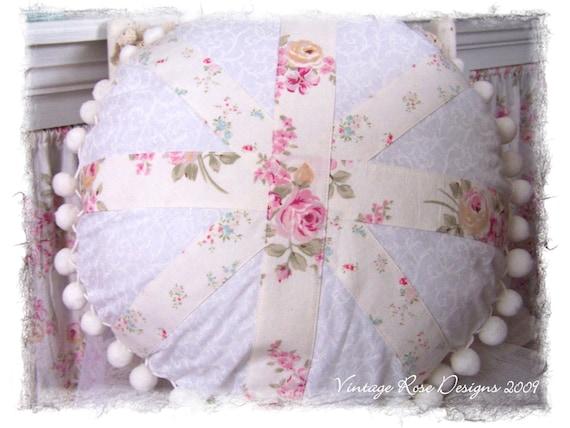 Shabby Chic Union Jack Pillow : Shabby Cottage Chic Union Jack Round Throw Pillow m/w Rachel