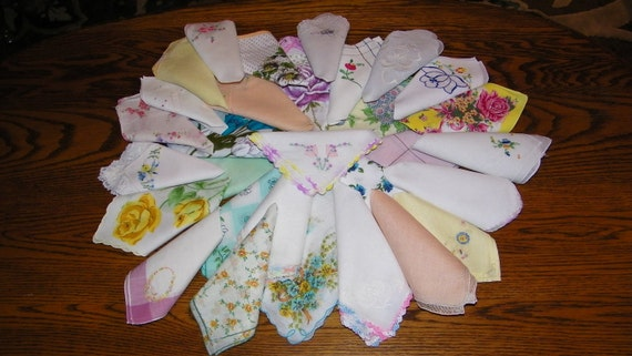 Brides on a Budget Vintage Lot of 30 Mixed Spring Wedding Favors Handkerchiefs, PERFECT, 7168