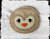 Machine embroidered Snowy owl face felt embellishment / applique (4) bow centers scrapbooking