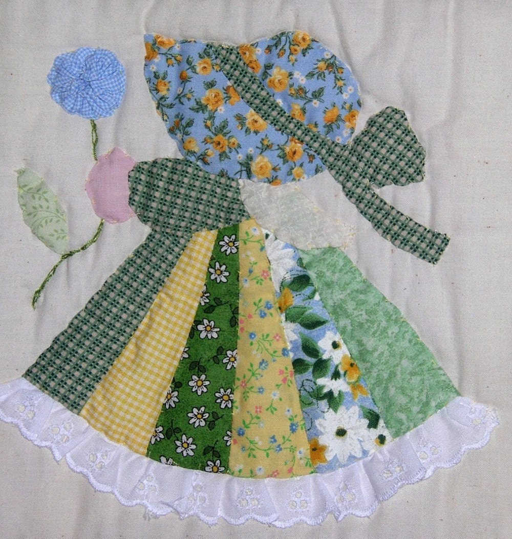 Fancy Sunbonnet Sue Quilt