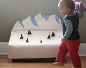 Wolli Snow Mountain Toy Box