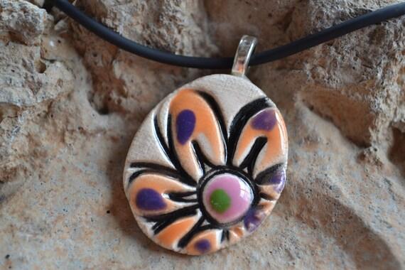 SHERBERT DAISY clay pendant