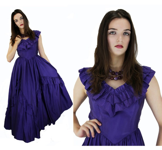 Victorian Style Formal Dress Purple Southern Belle Ball Gown 70s Romantic Gothic Small S XS