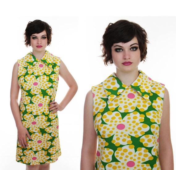 70s Mod Floral Dress Vintage Psychedelic Big Flowers 60s 1970s Mod Mini Shift Large L XL