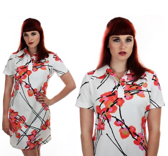 1970s MOD Floral Dress Hawaiian 60s 70s Bright Orange Pink Flowers Asian Mini 60s L XL Plus Size