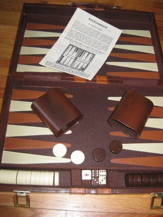 Vintage BACKGAMMON Set - Cardinal Industries Brooklyn, N.Y.