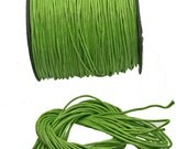 Apple Green Woven Waxed Cotton cord 2mm - 25 feet/7.62 meters.