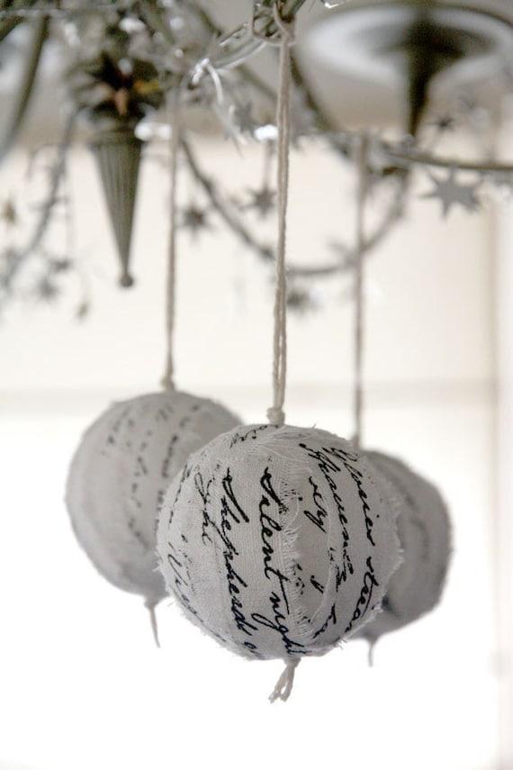 Christmas hymn ragball ornaments - White-Silver (set of 3)