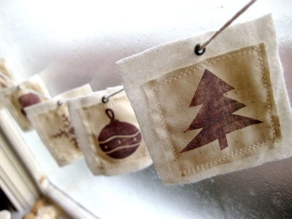 6 Christmas Collection Fabric Gift Tags - Tree, Ornament, Snowflake, Mitt, Candy Cane, Reindeer