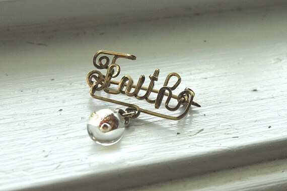 vintage cursive faith brooch with mustard seed