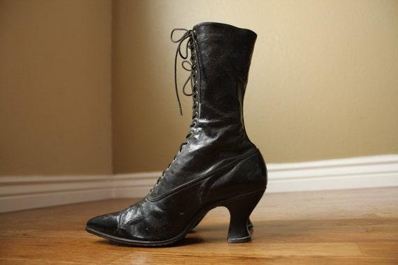 SALE - Victorian Era Black French Spool Heel Boots 7