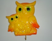 Adorable Vintage Neon Owl hook hanger