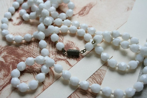 Antique vintage art deco 1920s 1930s MILK GLASS flapper white bead necklace bridal wedding prom party gift