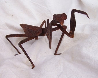 Metal Praying Mantis, great insect to have in your garden......