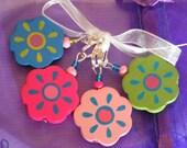 Flower stitch markers