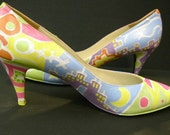 URBAN SUBURBAN - 1 of a kind hand painted high heel shoes size 9