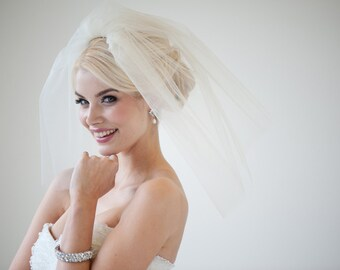"Bridal Veil, Traditional Wedding Veil, Two Layer Veil, 18"" Bridal Veil, Short Wedding Veil"