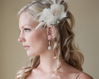 Fascinator, Bridal Fascinator, Champagne and Ivory Feather Fascinator, Head Piece, Wedding Hair Accessory - LIBBY