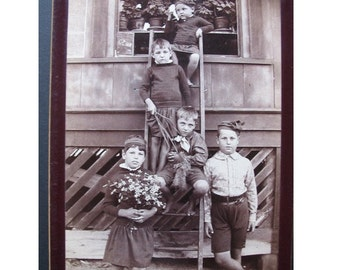 Antique PHOTOGRAPH of IMMIGRANT CHILDREN, ca. 1890's -- Artistic with Story Telling Quality