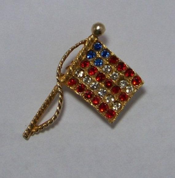 Patriotic Vintage Rhinestone Goldtone American Flag Brooch Pin USA