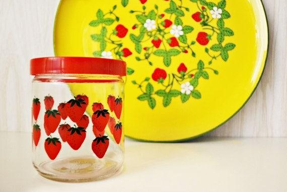 vintage / / STRAWBERRY / / jam jar and tray
