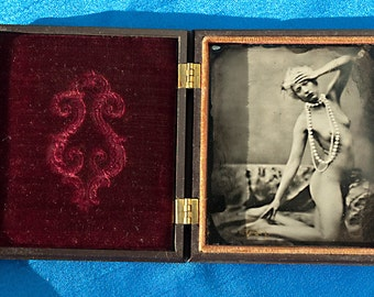1/6 plate original tintype with antique (1850's) case