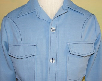 M 70s Vintage Wing Collar Top Stitched Groovy Light Blue Leisure Shirt Jacket Marbled Buttons Polyester Easy Care