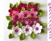 Crochet Flowers 12 pieces with 12 leaves....Pinky