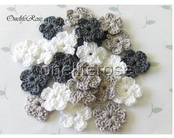 15 pcs Mini Crochet Flowers BLACK Gray WHITE
