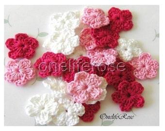 15 pcs Mini  Crochet Flowers PINK