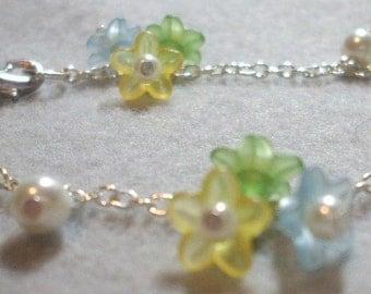 Cute Spring Flower Pearl Beaded Bracelet