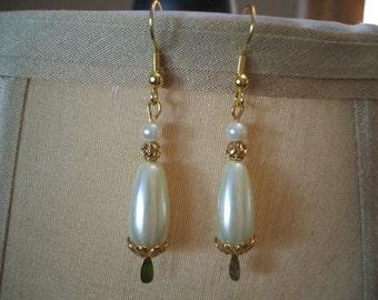 Pretty Creamy Ivory Teardrop Pearl Earrings on Gold Toned Wires