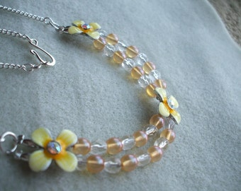 Golden Flowers Necklace