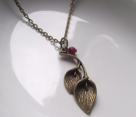 Flower Antique bronze Pendant on a Delicate Chain Necklace