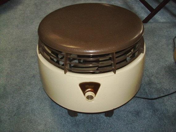 Galaxy Floor Fan : Vintage galaxy floor foot stool fan by lasko