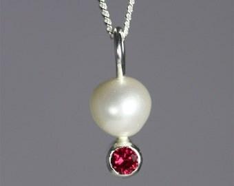 Pearl Drop Neck w-Stone (Ruby)