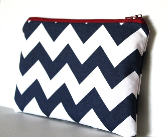 Crazy for Chevron Pouch (navy)
