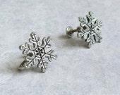 Vintage Snowflake EarringsScrew Back Beautiful.