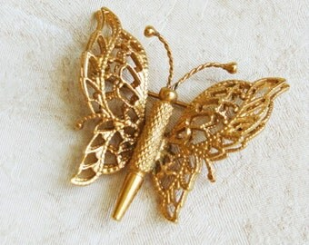 MONET Butterfly Brooch. Vintage Insect Gold Tone Brooch.